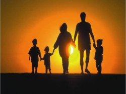 Семья- это мир, где закладывается все  самое ценное!